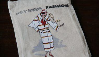 Cómo pintar una bolsa de tela y convertirla en un neceser DIY