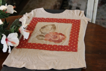 Reciclando camiseta DIY de Scrapbooking con retales